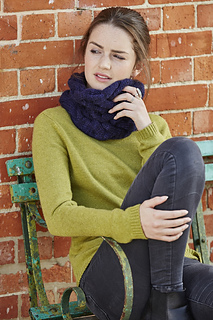 Cable_cowl_tfc_blue_knit_play_colour_raw8541_like_mood_small2