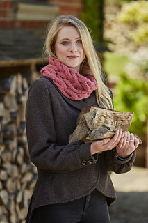 Cable_cowl_ecy_pink_knit_play_colour_raw8365_like_small2