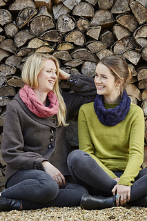 Cable_cowl_2_together_knit_play_colour_raw8501_small2