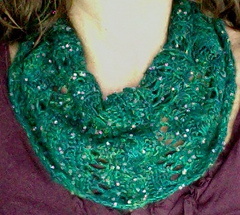 Holiday_lace_cowl_small