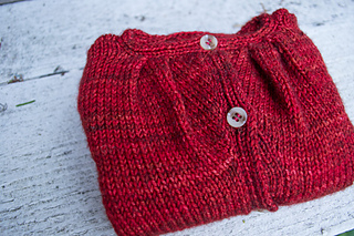 015_pleated-yoke-baby-sweater04_small2