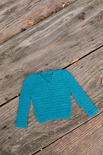 Simple-crochet-v-neck-baby_06_small2