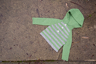 Striped-crochet-raglan-hoodie_01_small2