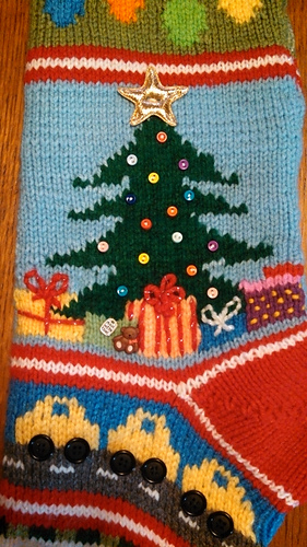 Simple Lace Knit Pattern : Ravelry: Mix-It-Up Christmas Stocking Intarsia pattern by Terry Morris