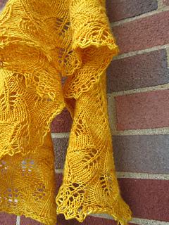 Ginkgo Leaf Knitting Pattern : Ravelry: Ginkgo Crescent pattern by Jade Keaney
