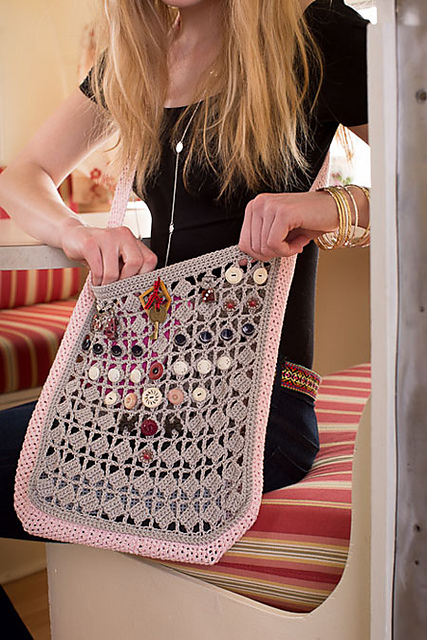 Donna Childs New Pattern In Interweave Crochet Scout Bag