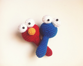 Amigurumi Cookie Monster Pattern : Ravelry: Amigurumi Baby rattle of Elmo and Cookie Monster ...