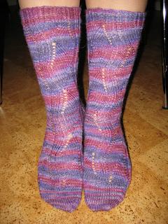 10_models_-_mirabelles_socks_110131_3_small2