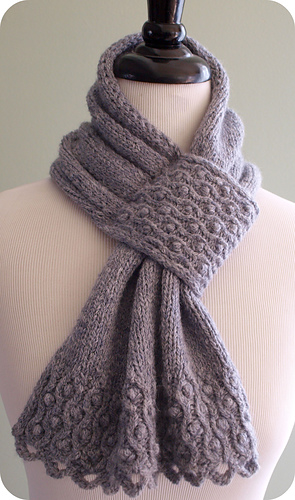 Drifted_pearls_scarf_medium
