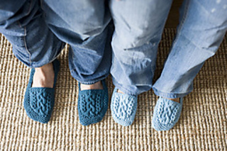 Aran-isle-slippers-2_small2