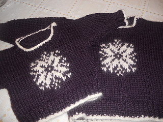 Snowflake_sweater_003_small2