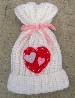 Valentine_s_hat_small2