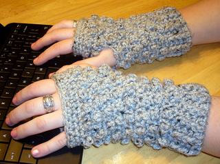 Bubble_fingerless_gloves_1_small2