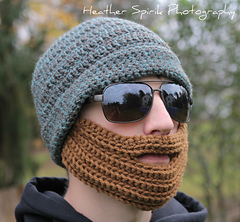 Beard_hat_2_small