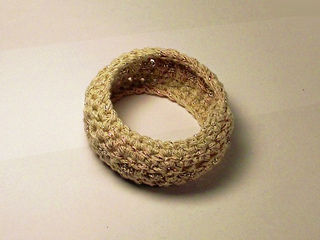 Crocheted_bangle_with_silver_chain_5__copy__small2