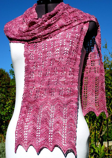 Sonja_bonus_scarf_over_shoulder_resized_small2