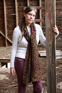 Just_be_happy_-_scarf_modeling__17__small2
