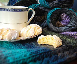 Cookies_and_yarn_small2