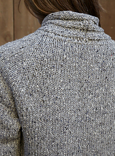 Walpole_chunky_cardigan_back_detail_small2