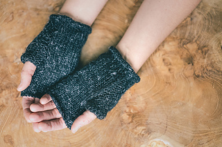 Wabi_mitts_b_small2
