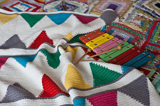 Bunting_baby_blanket_2_small2