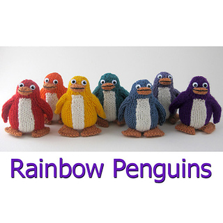 Knitted_rainbow_penguin_line-up_small2