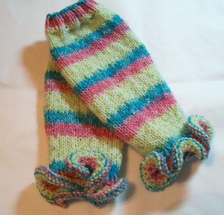 Ruffled_legwarmers_1a_small2