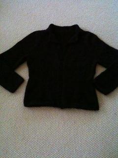 Black_sweater_small2