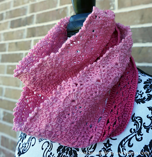 Cowl_pink_1_small2