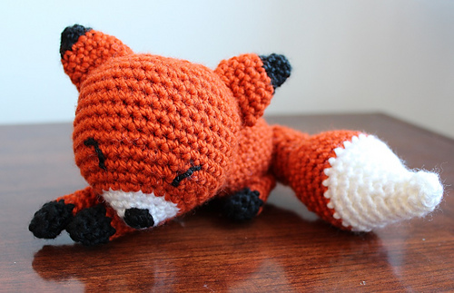 Amigurumi Strawberry Girl Free Pattern : Ravelry: Sleepy Fox Amigurumi pattern by Amanda Maciel