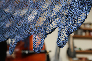 Mixed_tide_shawl_3_small2