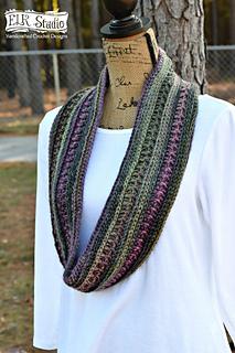 Dakotah_s_fabulous_scarf_small2