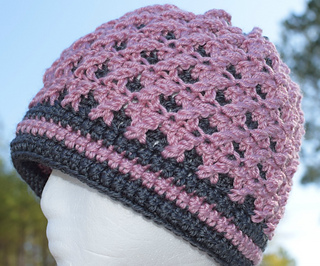 Rose_s_crossing_beanie_a_free_crochet_pattern_by_elk_studio_small2