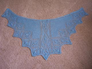 Rosebud_faroese-style_shawl_small2