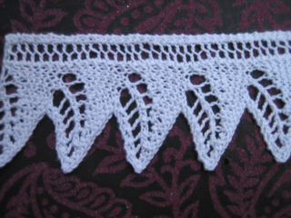 Ravelry: knitted lace edgings: leaf edge pattern by George ...