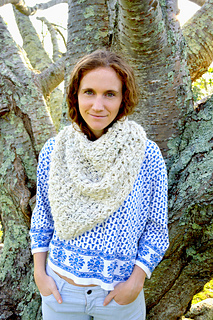 Knit-collage-cast-away-bandana-cowl-pattern_small2