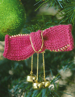 Knitted_bow_bell_christmas_decoration_simply_knitting_small2