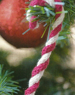 Candy_candy_knitted_decoration_simply_knitting_closeup_small2