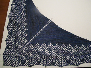 Hot_off_the_needles_001_small2