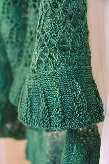 Katie_scarlett_ruffle_closeup_the_knitting_vortex_small2