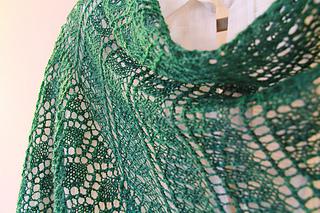 Katie_scarlett_swirls_the_knitting_vortex_small2