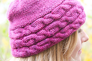 Shecat_cover_the_knitting_vortex_small2