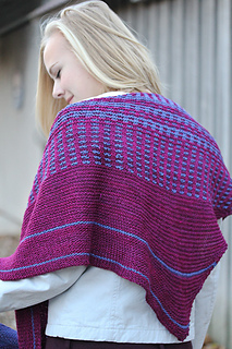 Vary_back_view_the_knitting_vortex_small2