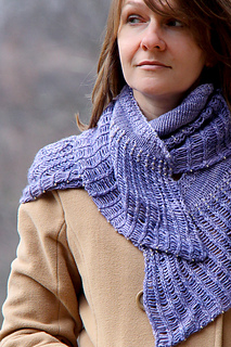 Arachnophilia_shawl_style_the_knitting_vortex_small2