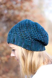 Yoli_hat_the_knitting_vortex_small2