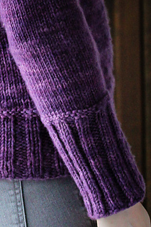 Frost_grape_cuff_detail_the_knitting_vortex_small2