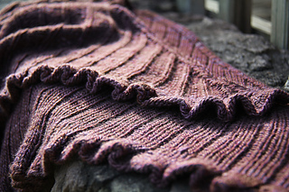 Cauldron_detail_the_knitting_vortex_small2