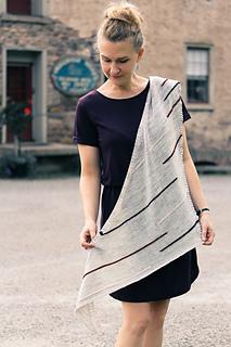 Line_art_shawl_the_knitting_vortex_small2
