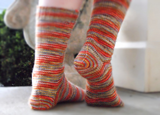 Spiral_edge_socks_back_outside_small2