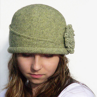 Chapeau_icon_2016_for_ravelry_small2
